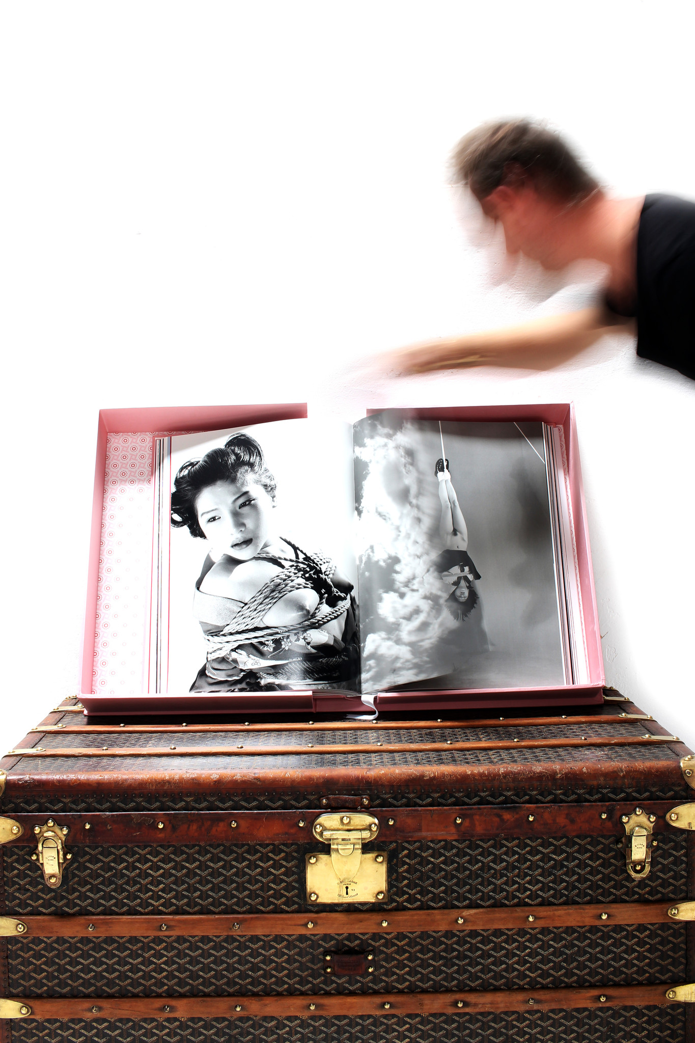 Araki XXL photo album, limited edition