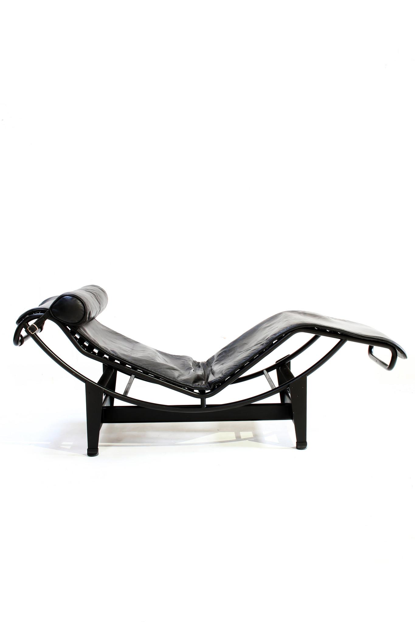 Vintage Le Corbusier LC4 black Edition