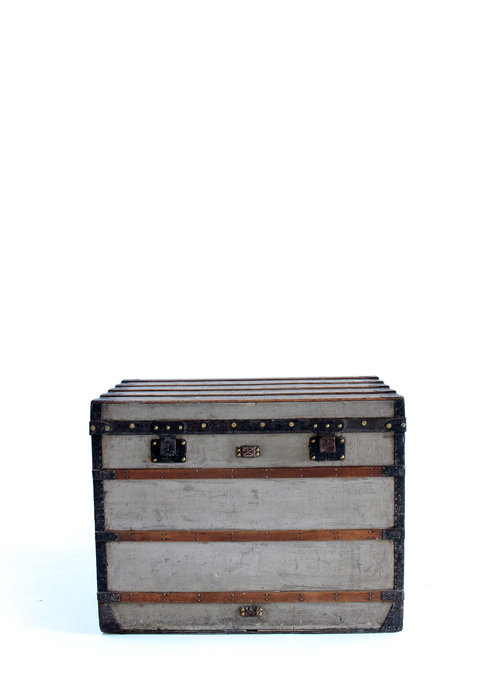 1st flat Louis Vuitton trunk