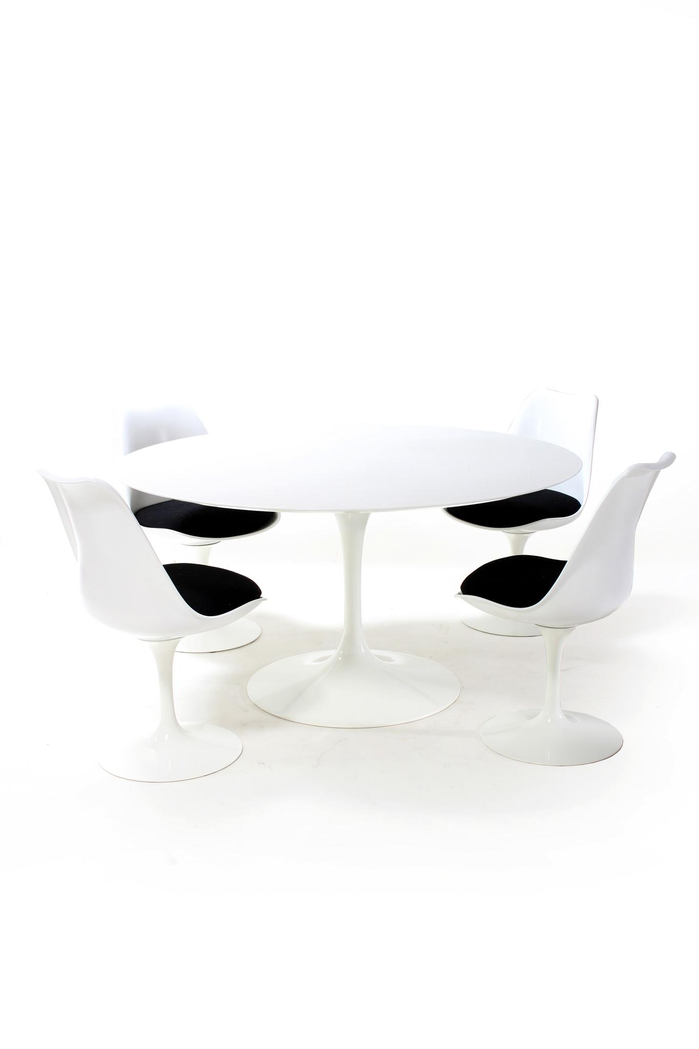 Knoll dining set