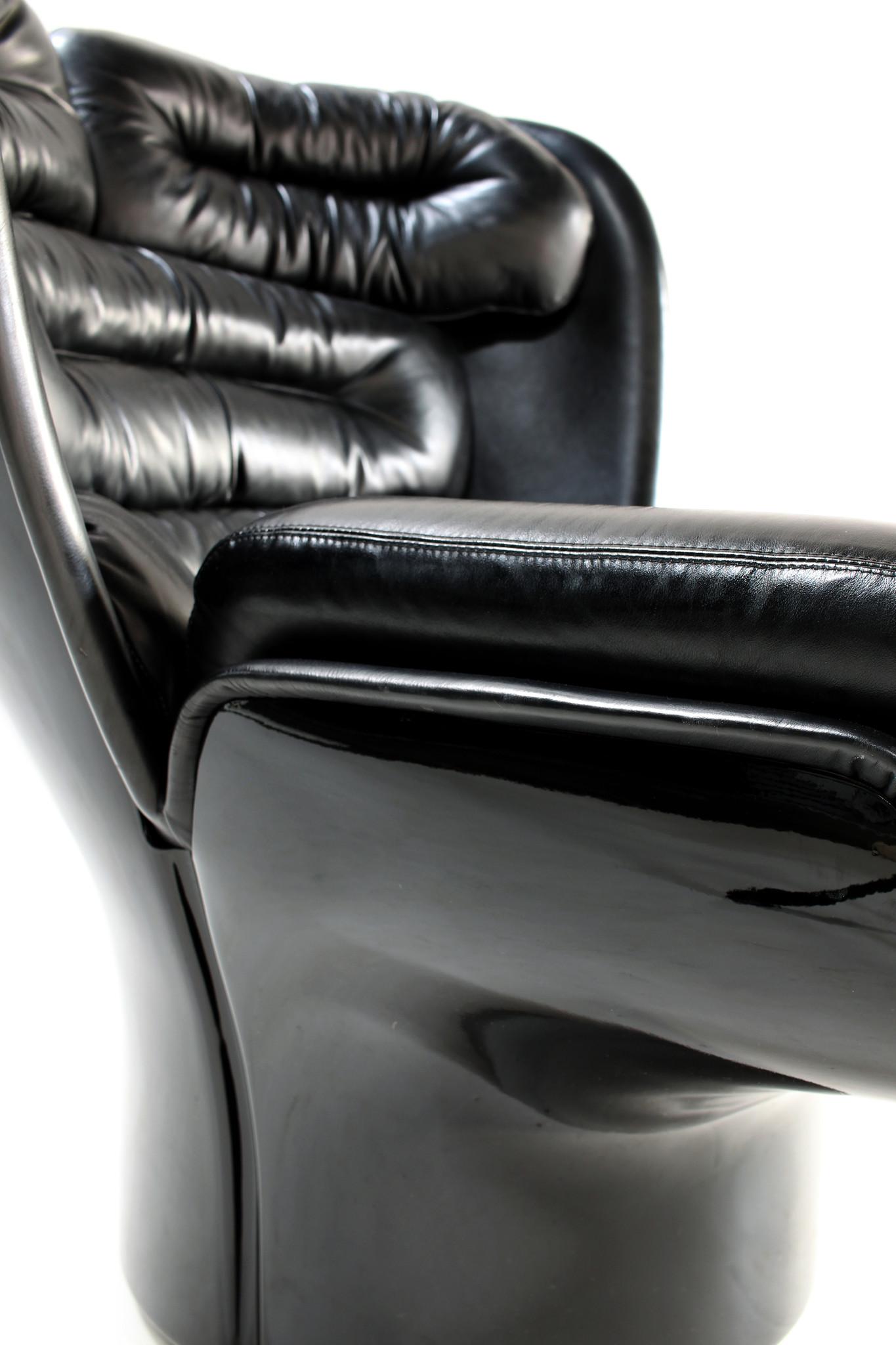 Zeldzame Full Black Edition Elda Chair ontworpen door Joe Colombo voor Comfort, 1963