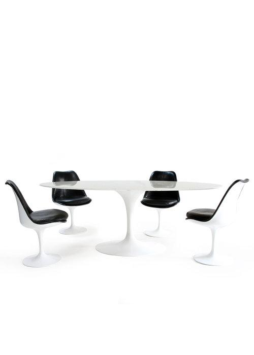 Knoll oval dining set