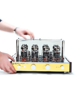 Amplifon tube amplifier