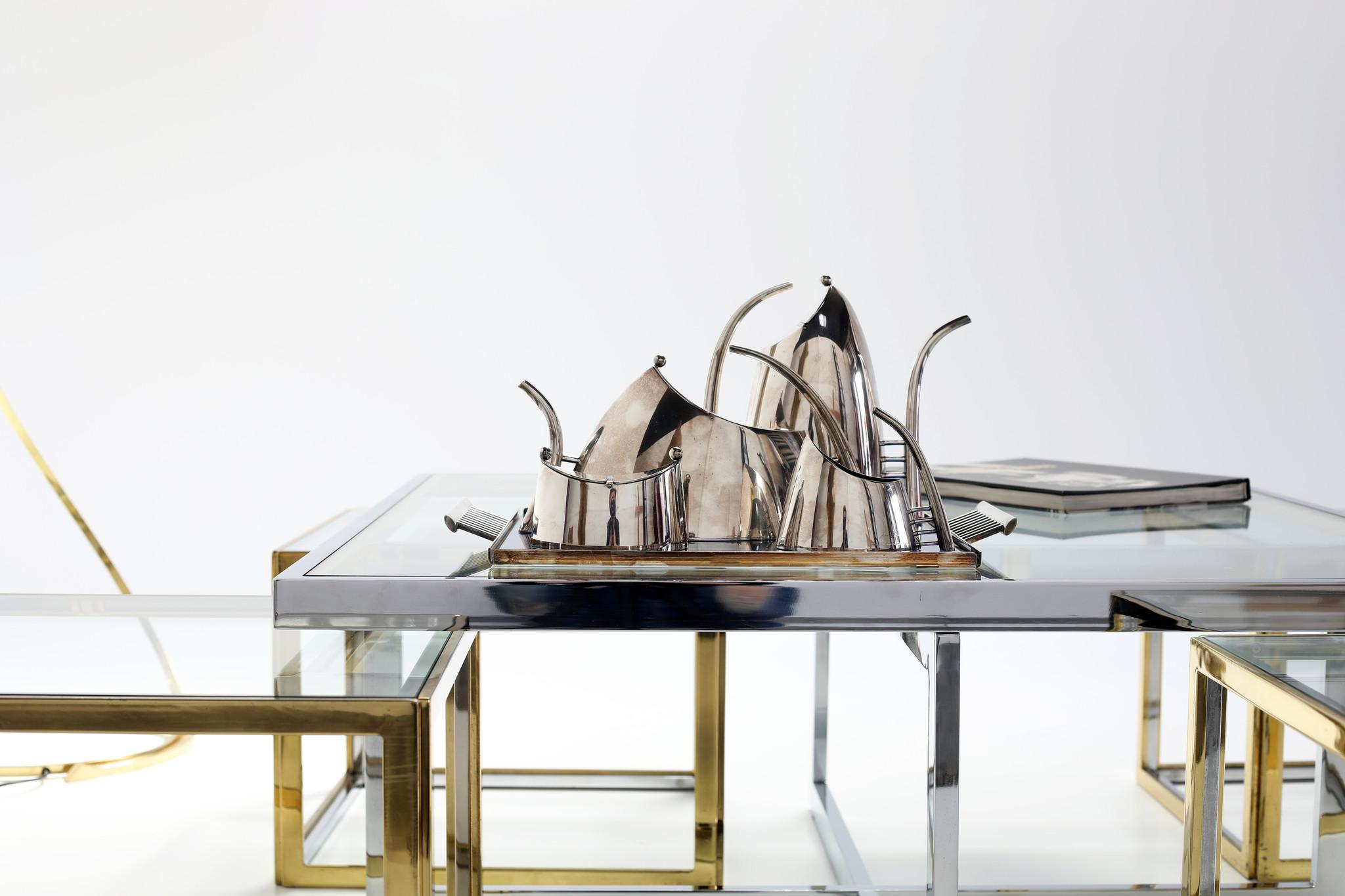 "Lino Sabattini Coffee and tea set Model ""Fenice"", circa 1989"