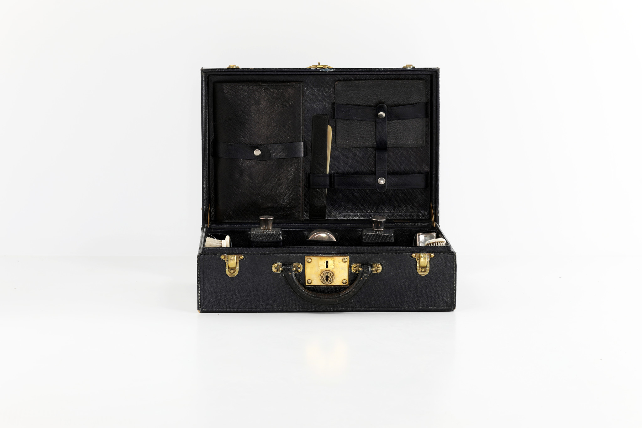 Extremely rare leather Louis Vuitton beauty case, 1930