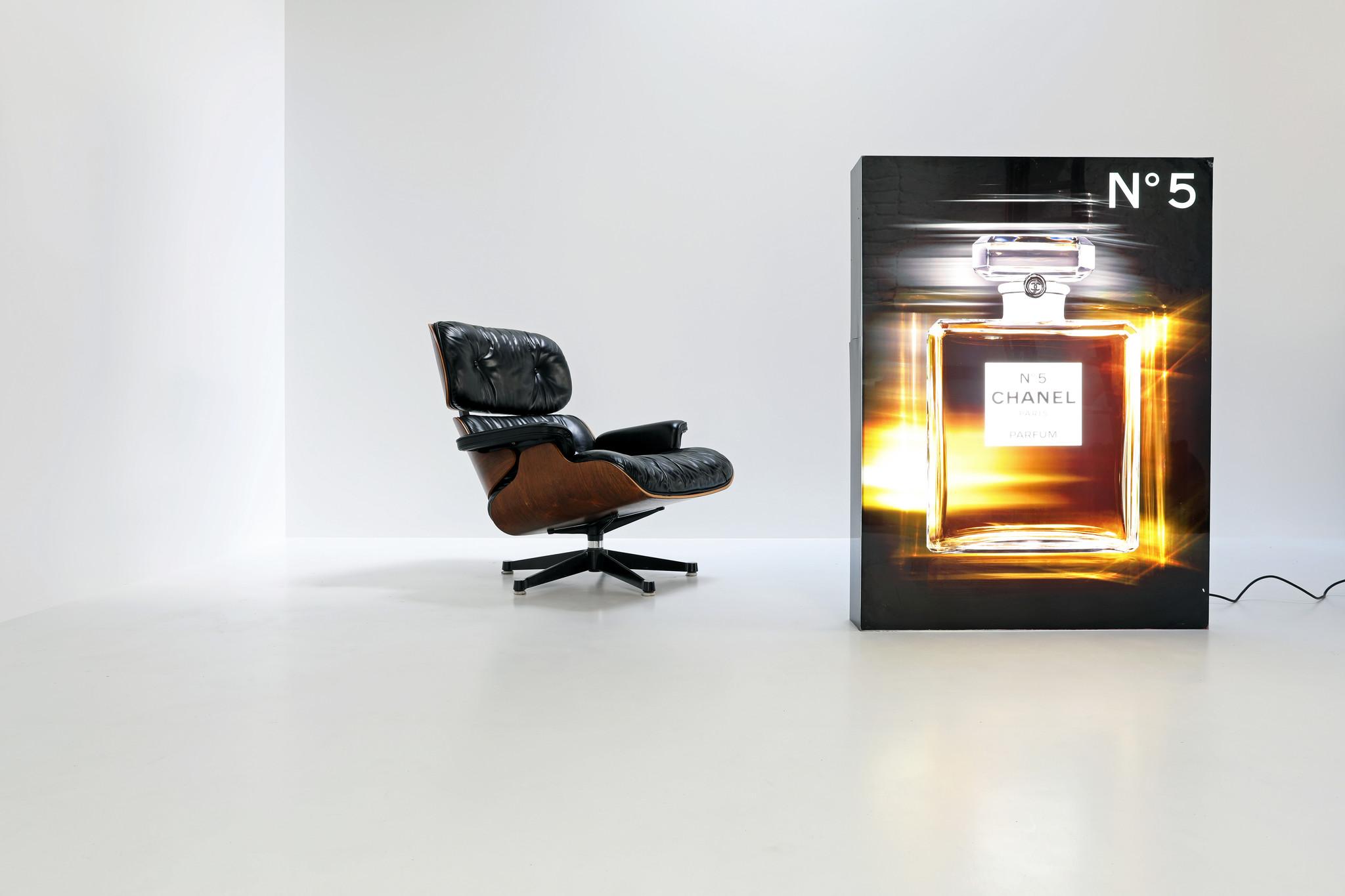 Originele Chanel verlichte display
