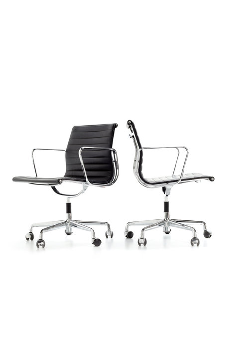 Charles Eames office chair