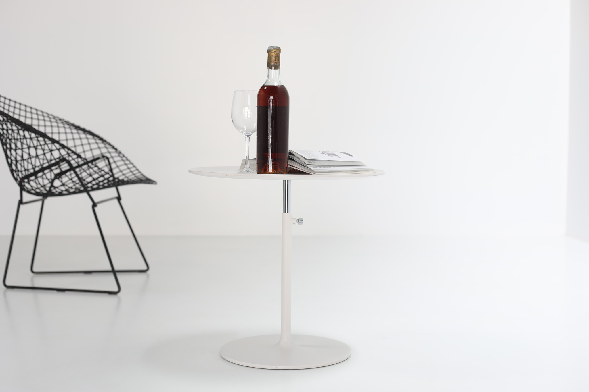 Rise Table Vitra side table