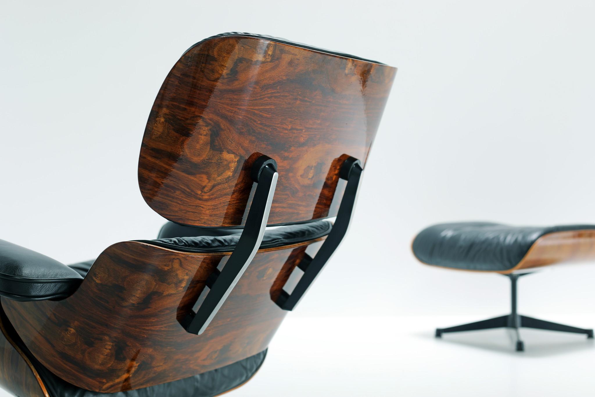 Vintage Eames lounge chair & ottoman Vitra, 1988