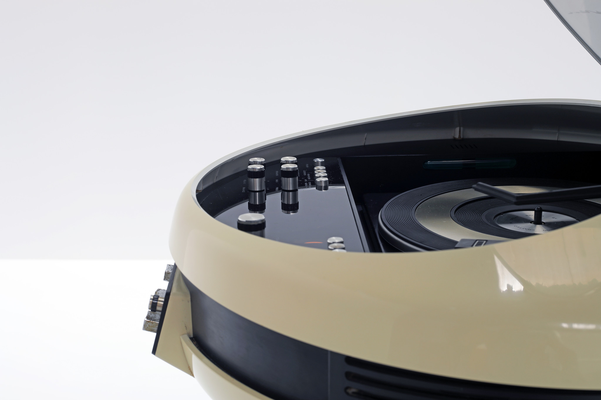 Rare Weltron Type 2007 space-age stereo, 1970s