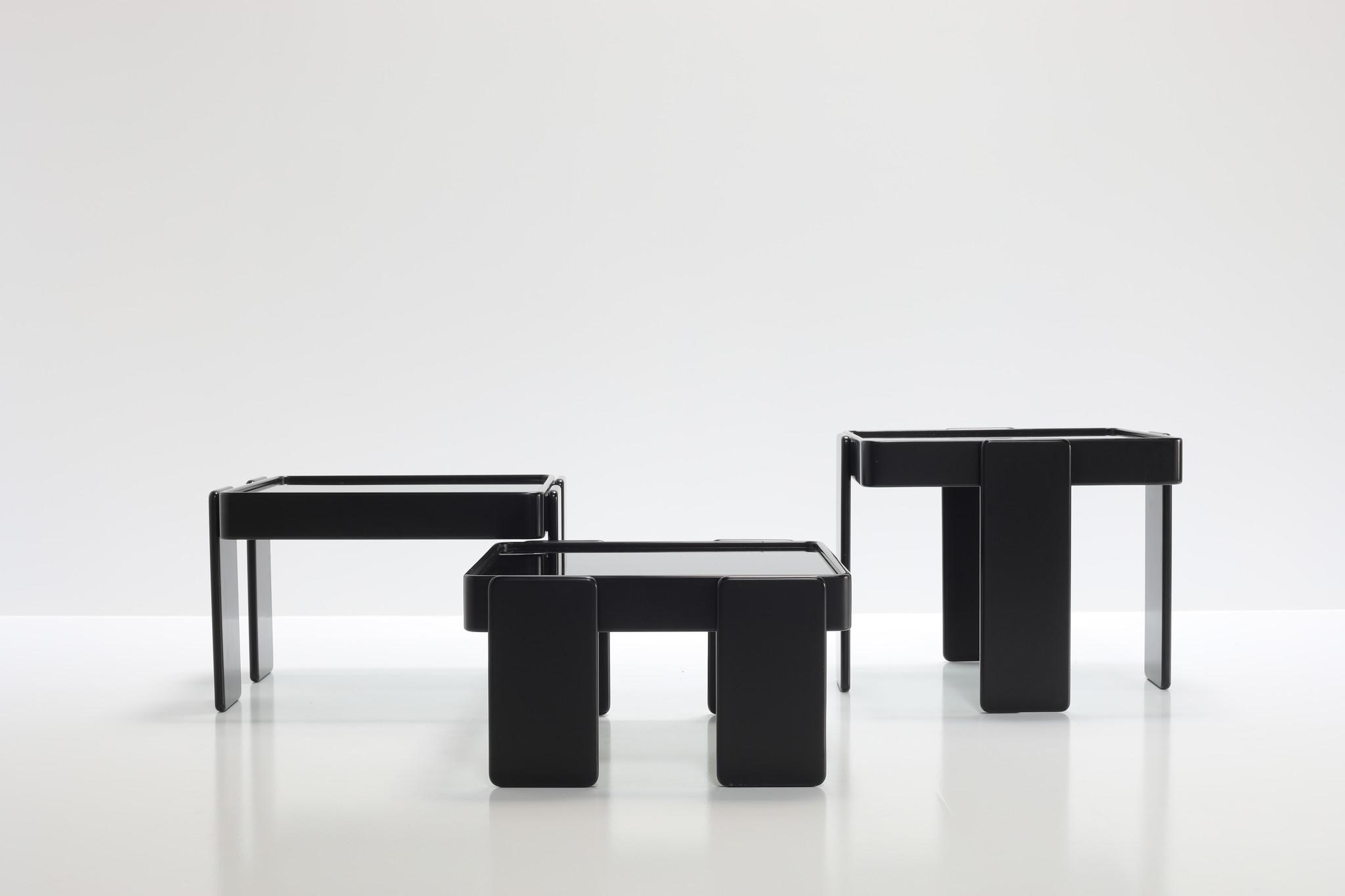 Bijzet tafel set ontworpen door Gianfranco Frattini voor Cassina, 1960's