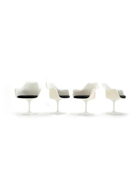 Knoll tulip stoelen