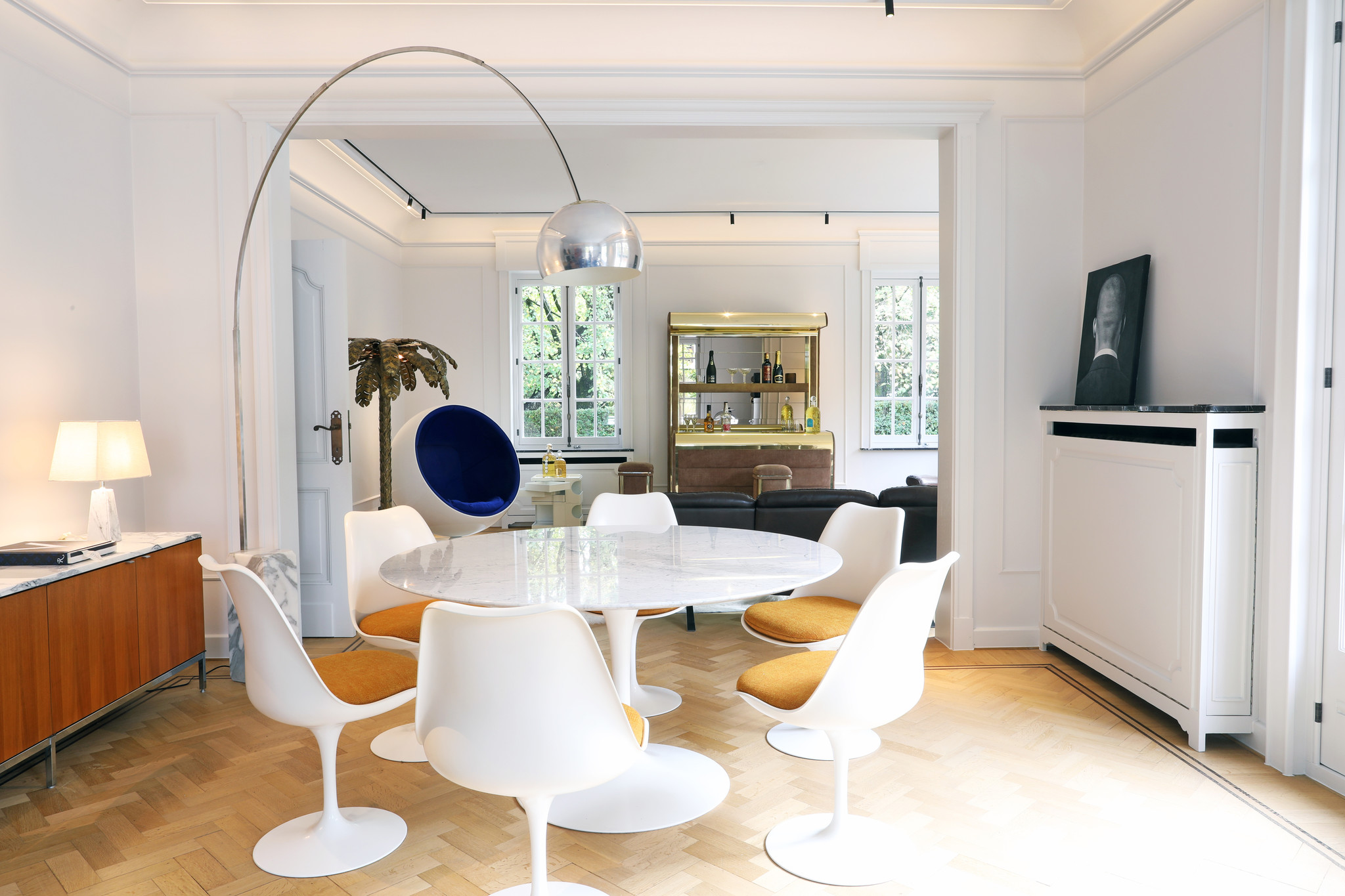 Vintage Knoll marmeren  tulip  tafel ontworpen door Eero Saarinen