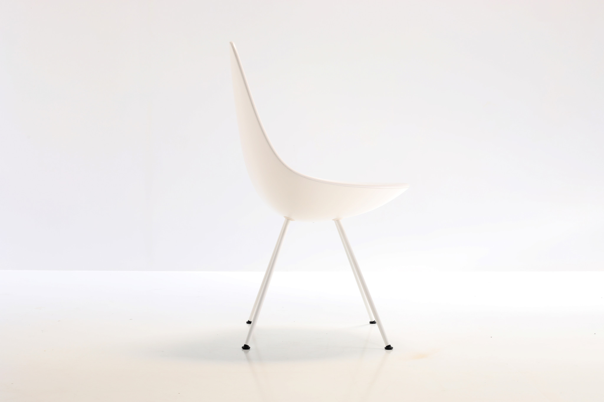 Fritz Hansen drop chairs