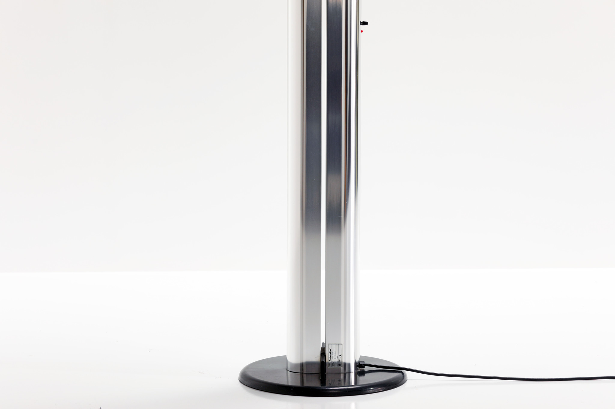 Artemide vloerlamp ontworpen door Gianfranco Frattini