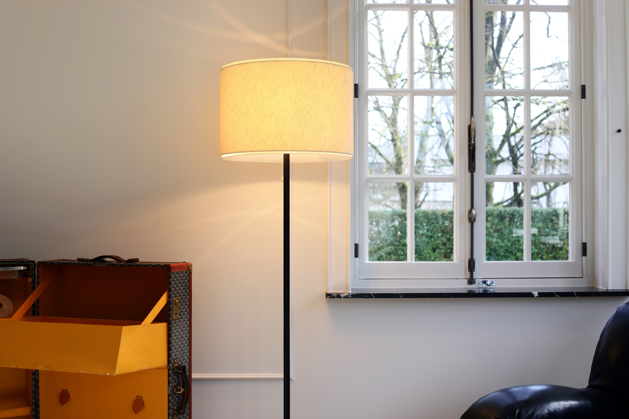 Beautiful vintage floor lamp with linen shade, 1970s