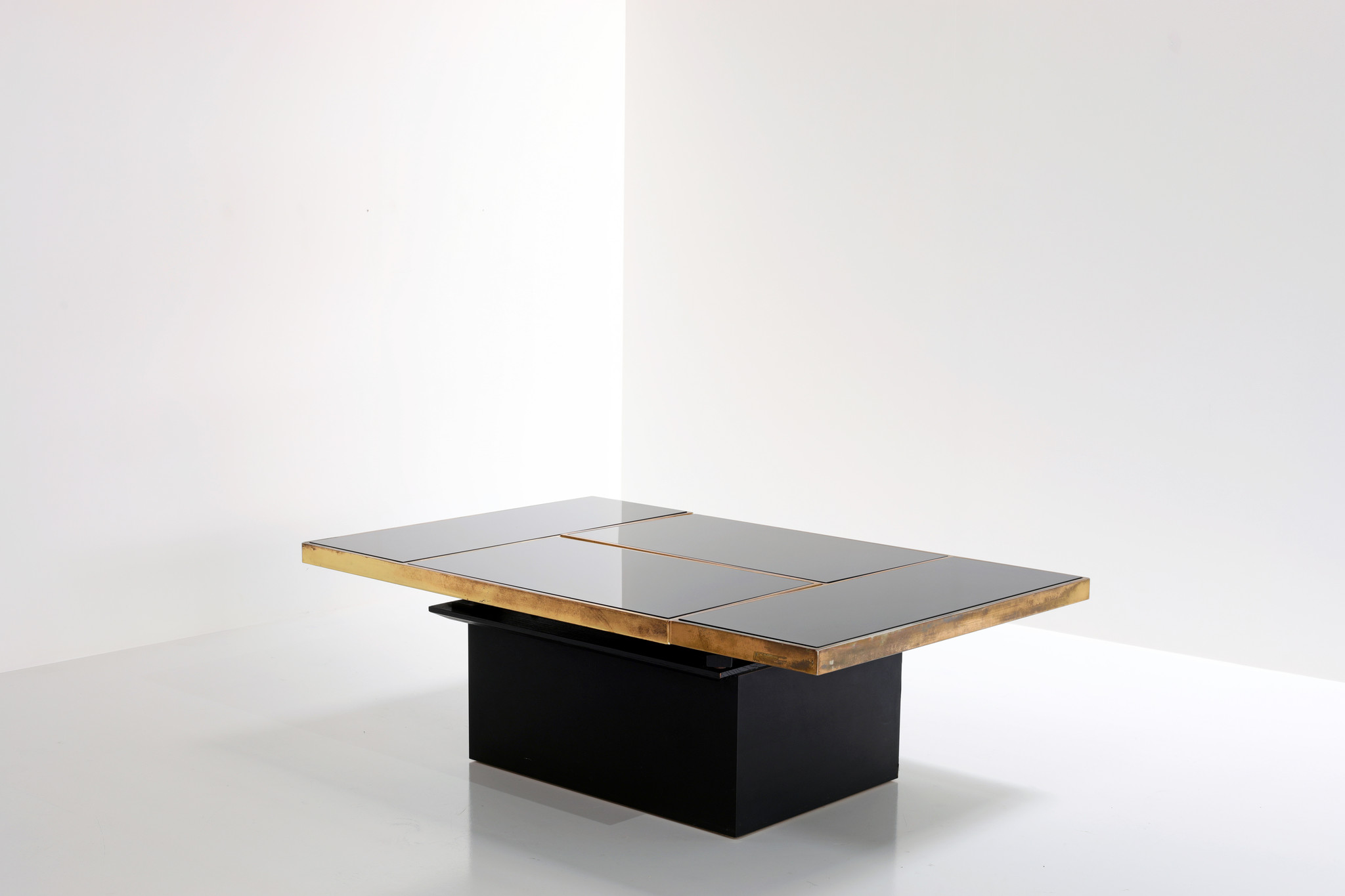 Coffee table Willy Rizzo bar