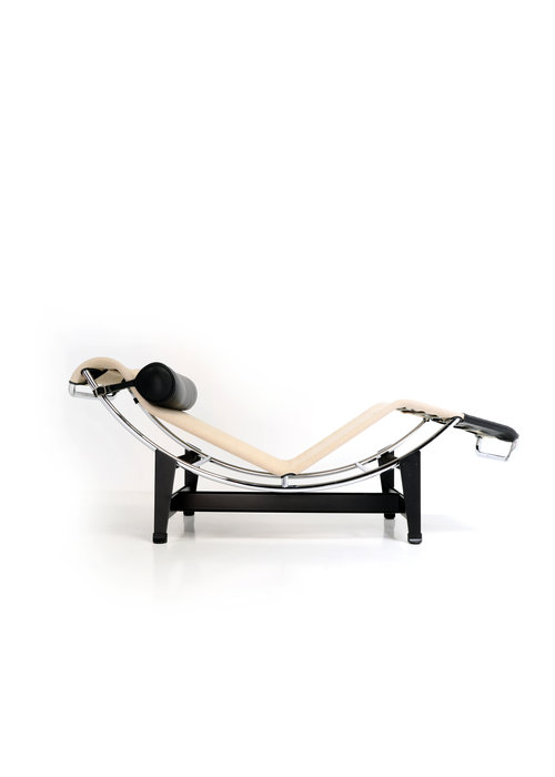 Corbusier Chaise Longue lc4