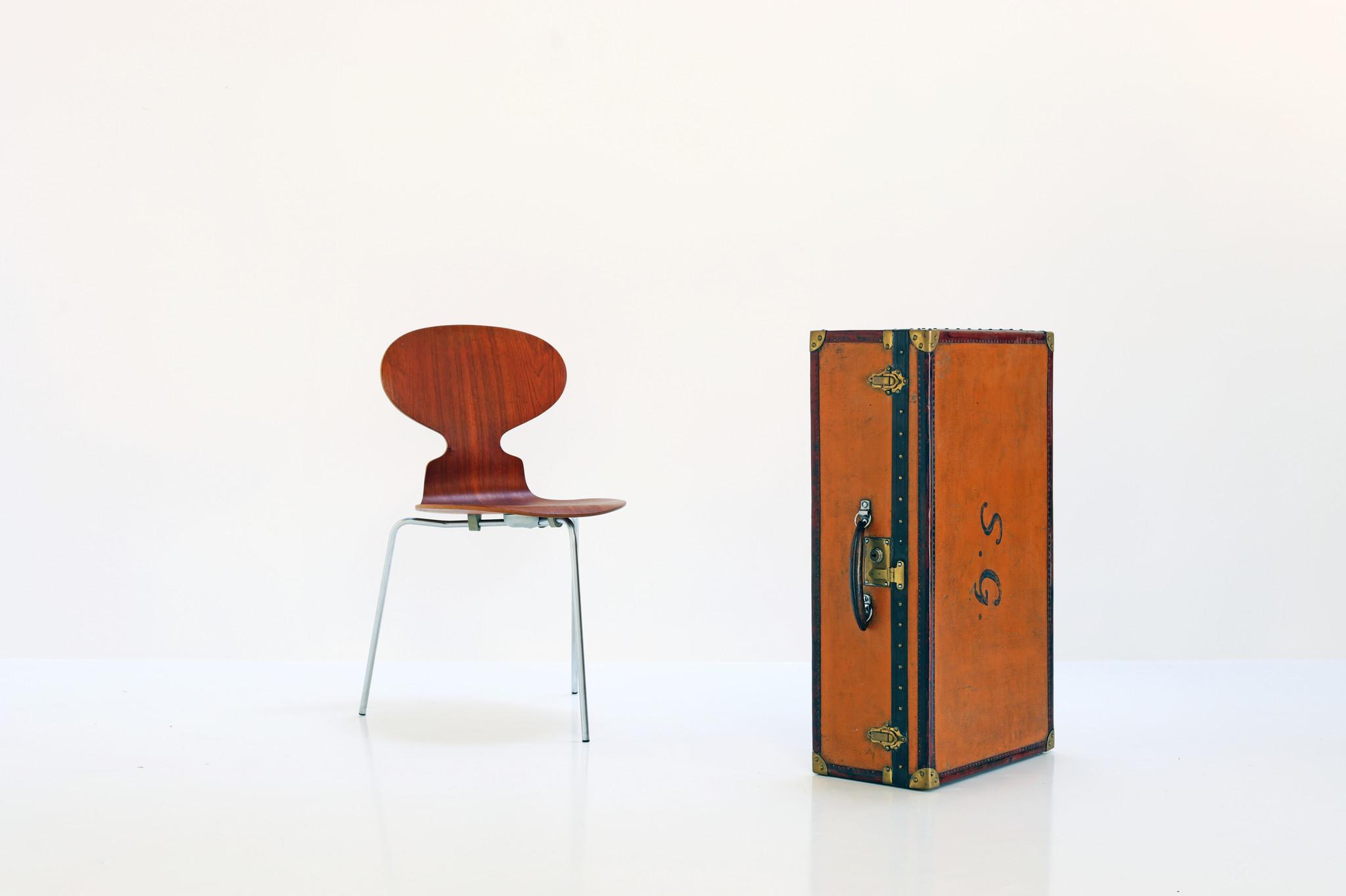 Moynat suitcase, 1920