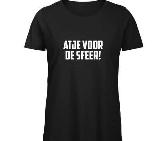 Indien je op een shirtje klikt, kun je ook de optie 'ik wil in plaats van een shirtje een hoodie' aanklikken.
