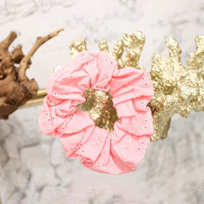 FestyFashion Scrunchie Broderie Roze