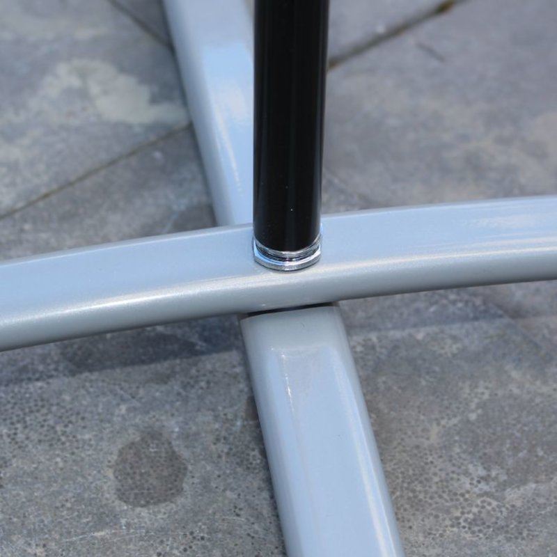Base a croce grigio