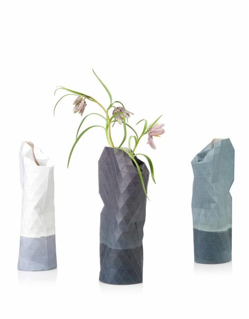 Pepe Heykoop Pepe Heykoop paper vase small, grey