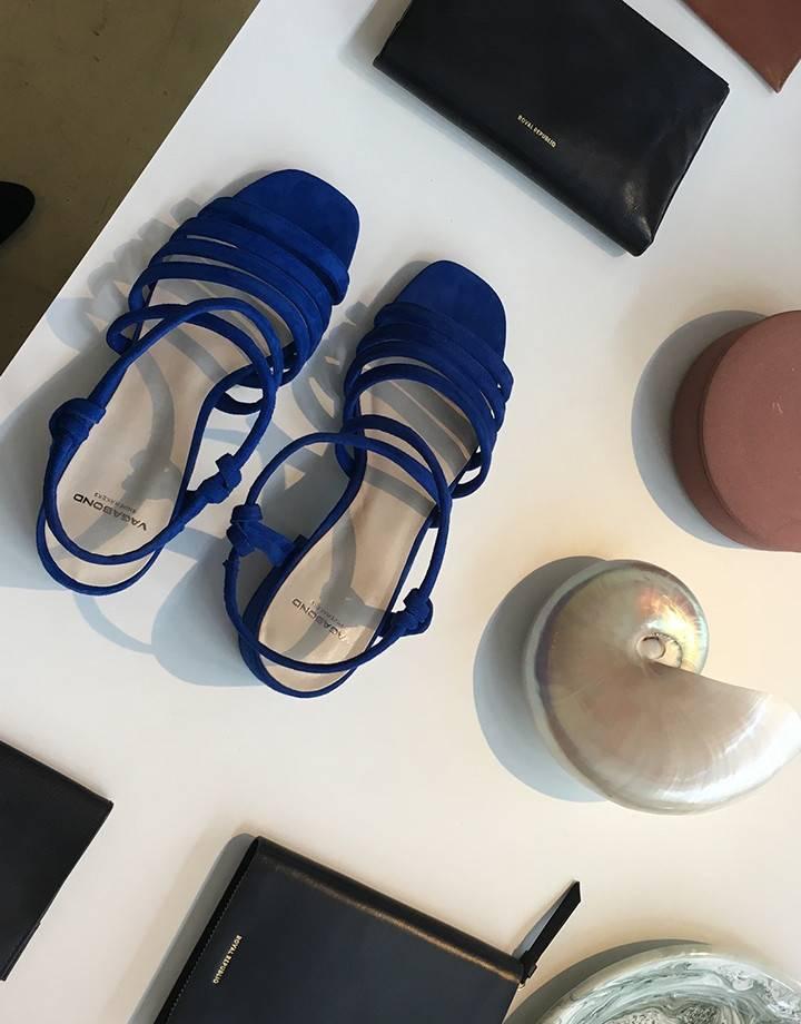Vagabond Saide Super blue