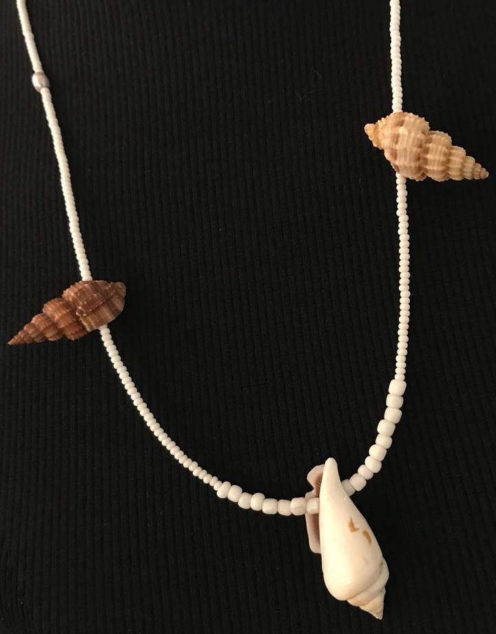 Shell Necklace 60 cm