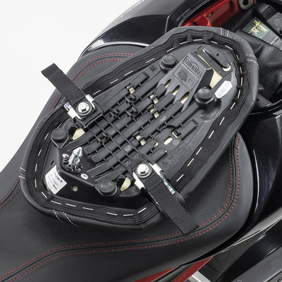 Kriega US-Drypack fitting kit Triumph Street Triple
