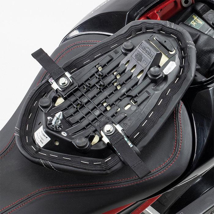 Kriega US-Drypack fitting kit Triumph Street Triple