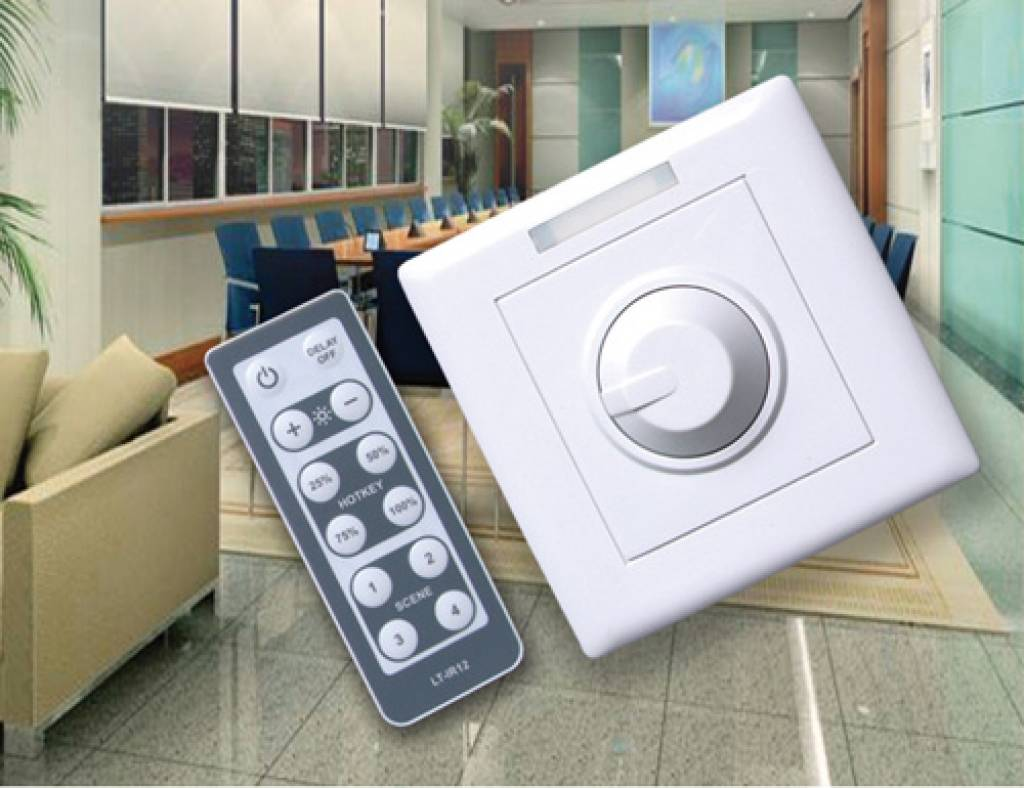 LED Wall dimmer with remote