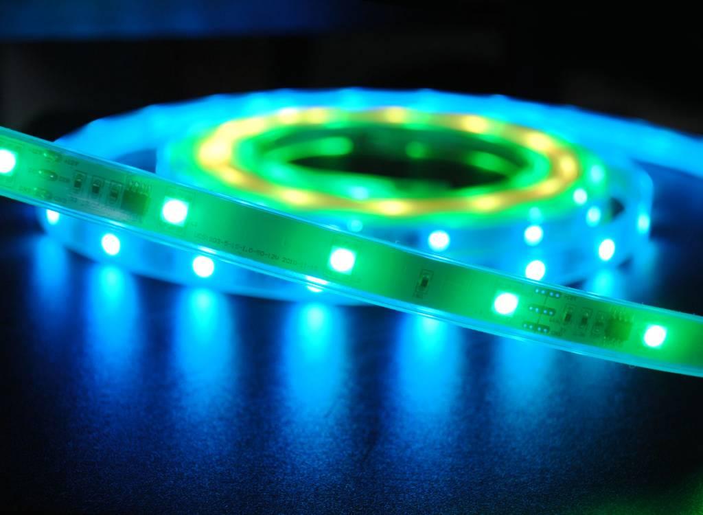 Tira LED Impermeable Flexible 30 LED/m Digital RGB - por 50cm