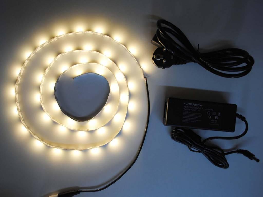 Bianco Caldo 5630 30 LED / m completo