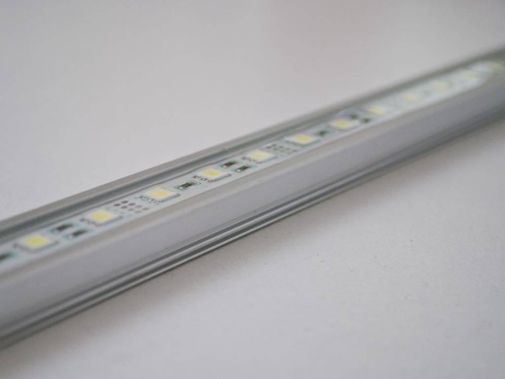 Striscia LED Rigida Impermeabile - Blanco 5050 SMD 12W - OVERSTOCK