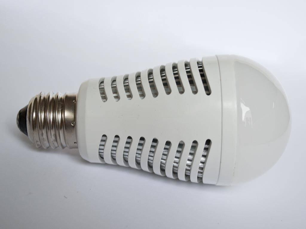 Lampadina LED LMB2 E27 230V 7 Watt