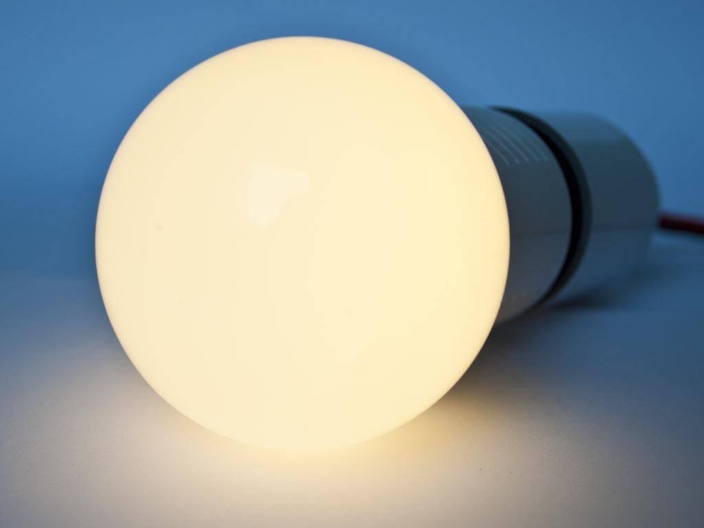 E27 LED Gloeilamp LMB1 3 Watt 110-230 Volt