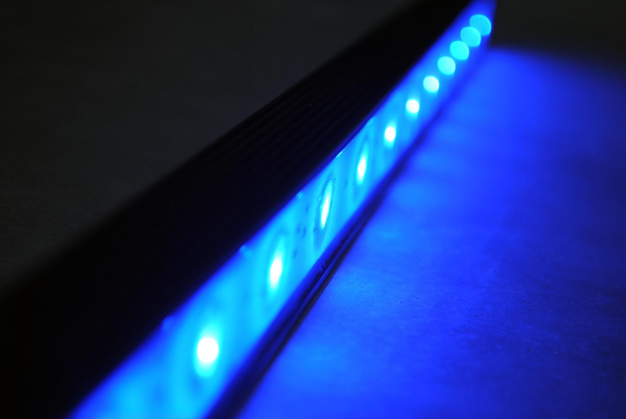 Barre de LED de 50 cm LEDBAR PRO - RVB-WW IP68 étanche 12W 24V