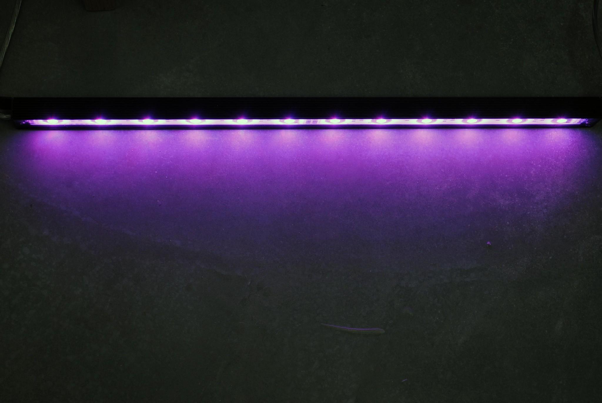 Striscia LED Rigida 50cm LEDBAR PRO - RGBWW IP68 impermeabile 12W 24V