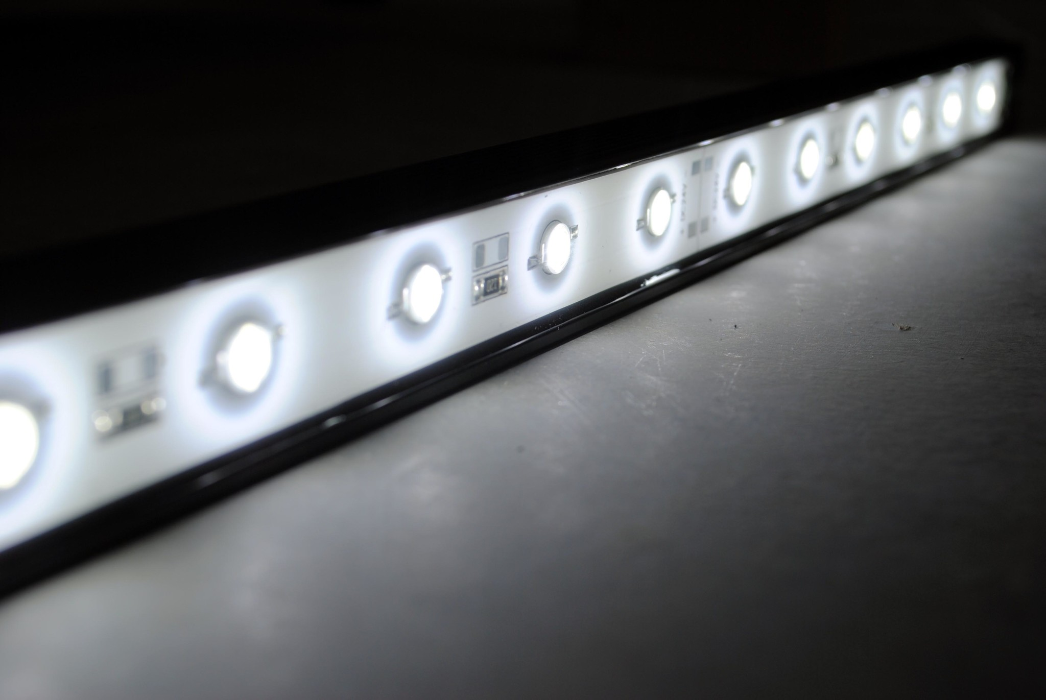 LEDBAR PRO 50 Zentimeter Weiß IP68 Wasserdicht 12W 24V