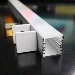 Profilo in alluminio 1414 - 1 Metro