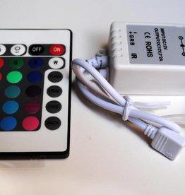 Controllore RGB con telecomando IR