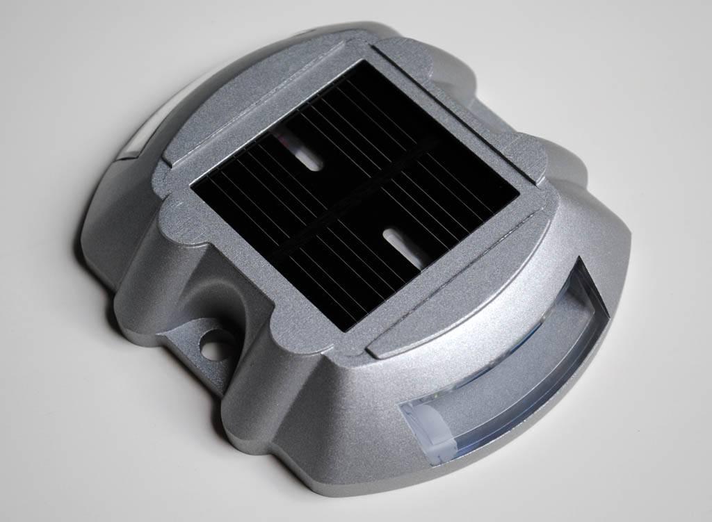 LED Kattenoog op zonne-energie - LED wegdekreflector