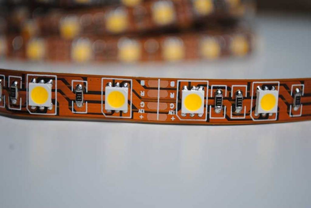 Striscia LED 5050 60 LED/m Bianco - per 50cm