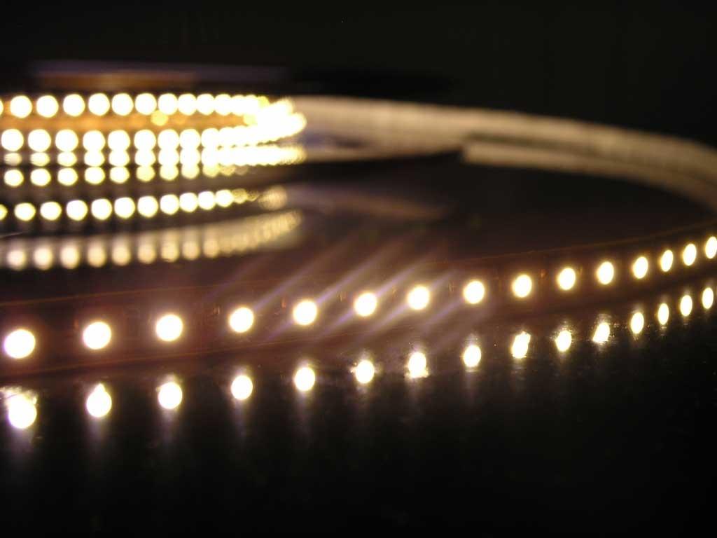Striscia LED - 120 LED/m Bianco Caldo - per 50cm