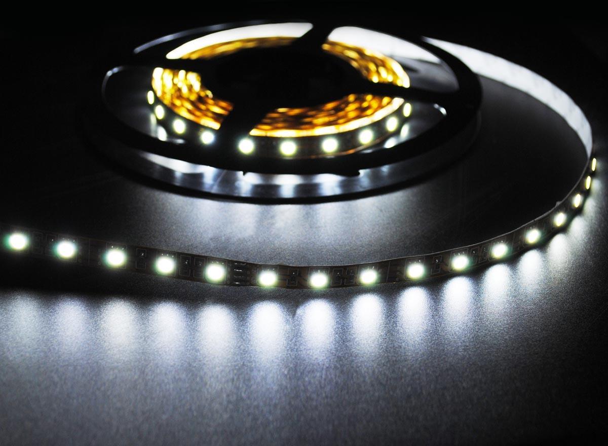 LED en bande auto-adhésive 5050 60 LED/m Blanc - par 50cm
