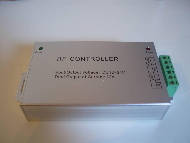 Controllore RGB-WW con telecomando