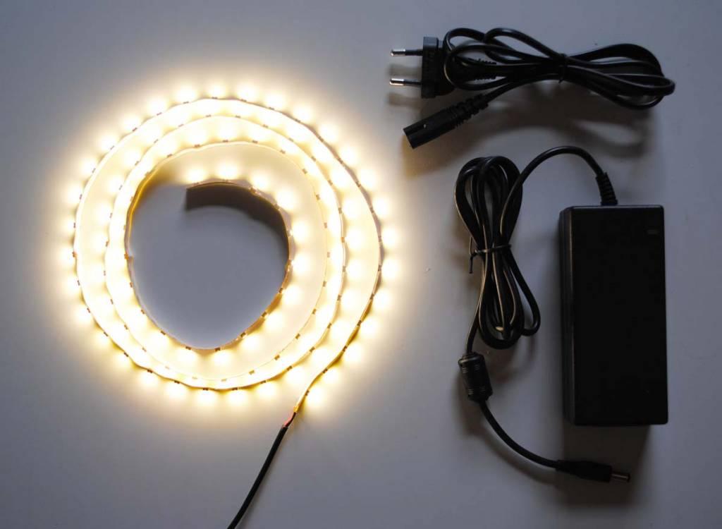 Warm Weiß 60 LED / m Komplett