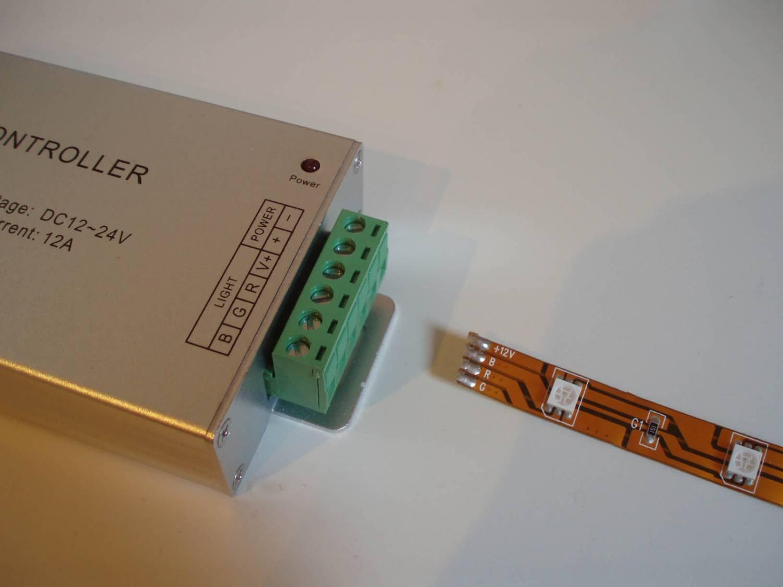 RGB Controller für RGB LED Streifen mit Fernbedienung.