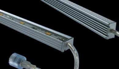 Striscia LED Rigida Impermeabile - Blanco Caldo - 100 Centimetri - 5630 SMD 24W
